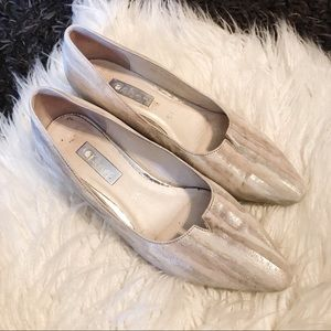 GABOR | Acton Mid Heel Pointed Toe Silver Stripes